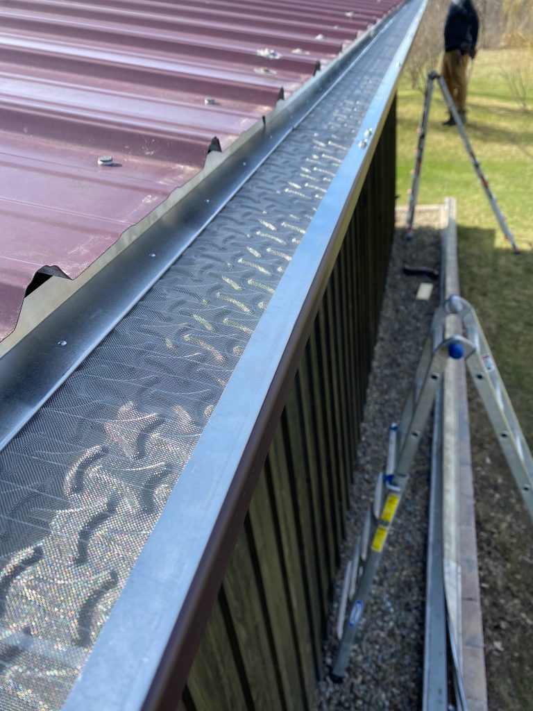 gutters cleaning near me
