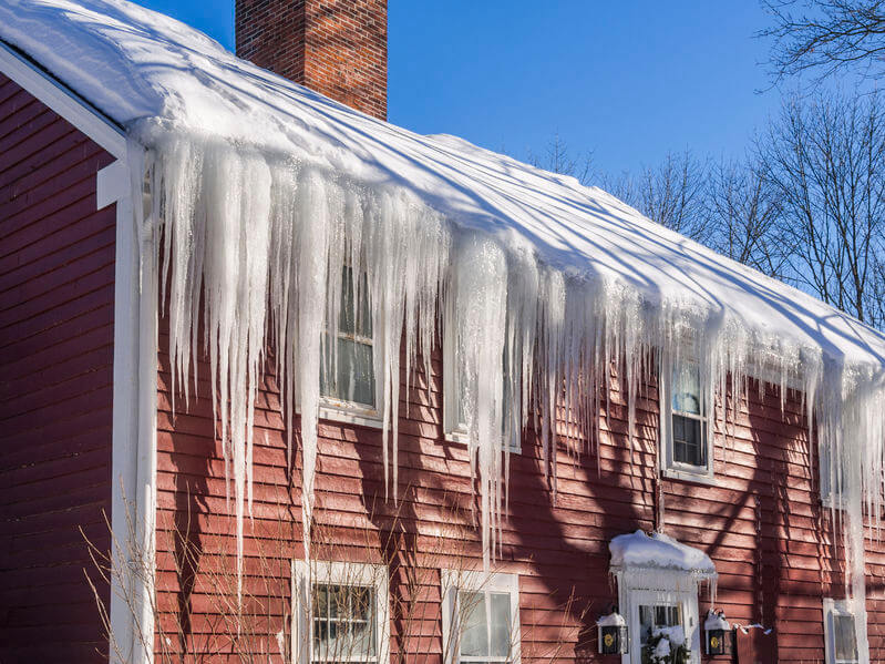 The Best Ways To Prevent Ice-Damming On Your Gutters